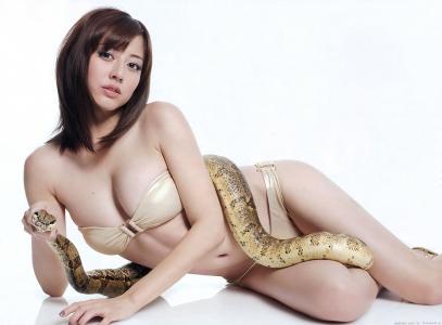 sugimoto_yumi_g191.jpg
