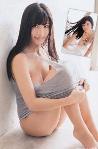 takasaki_shoko_g004.jpg