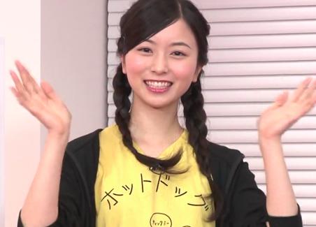 佐々木琴子 ホットドッグTシャツ