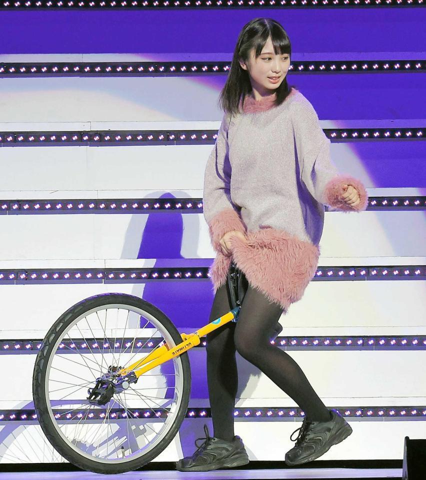 乃木坂46 3期生「お見立て会」 与田祐希3