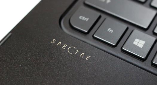 525_HP Spectre 13-4129TU_IMG_5005