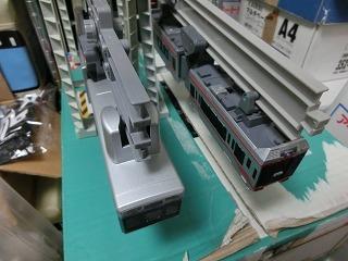 湘南モノレール5000系と5000系ブルーラインの並び