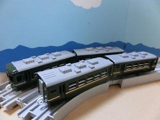 完成した「パレオエクスプレス用客車」4両