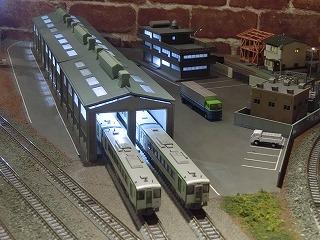 1番線の留置線に並ぶキハ110