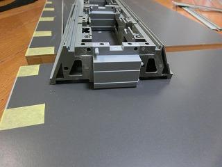 ボード接続部の築堤突起を切り落とした様子④