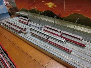 「撮影台兼留置線モジュール」に並べた鹿島臨海鉄道Nゲージ