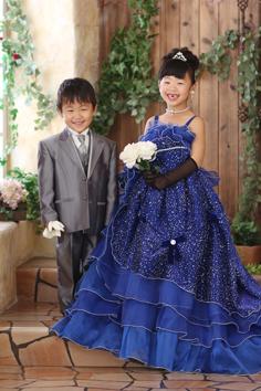 さやかちゃんけいごくん兄妹写真ドレス