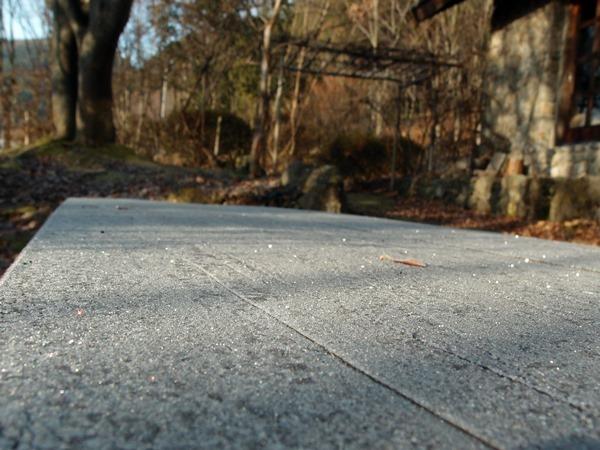 テーブルの霜