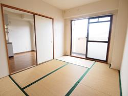 クサバマンション和室