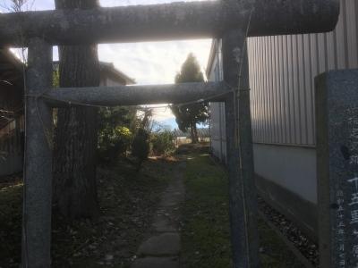 墳墓入り口