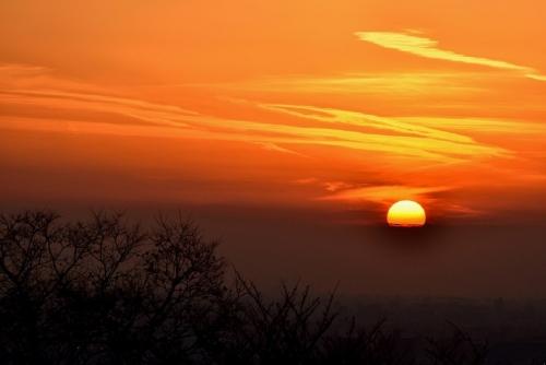 重願寺冬至夕陽