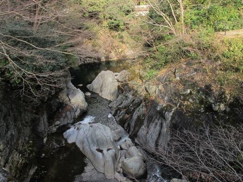 津の山里 025