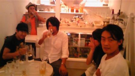Keen London+Tokyo-中目黒セレクトショップ&カフェ&バー bonill