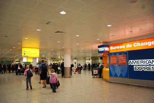 Keen London+Tokyo-ヒースロー空港