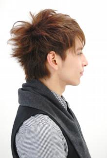 Keen London+Tokyo  hairdresser & photographer's bolg-タイトな前髪と短い襟足のショートボブスタイル