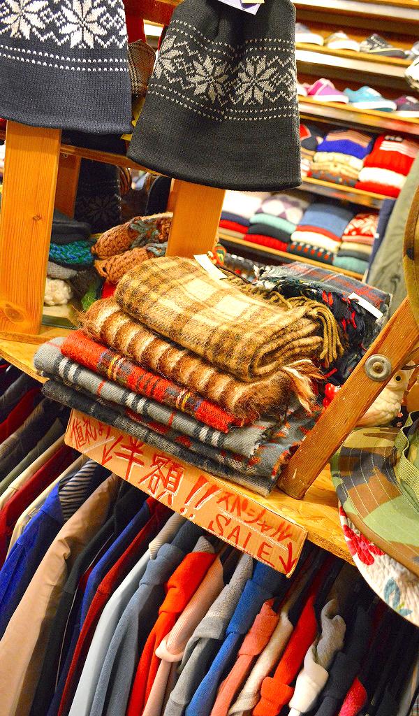東京都北区王子の古着屋カチカチ店内画像08