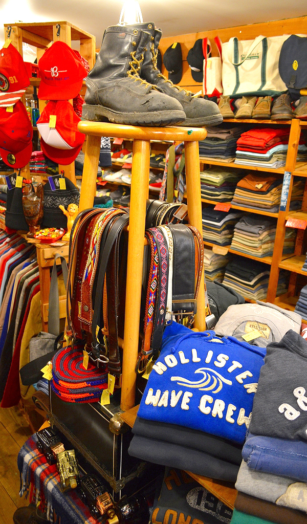 東京都北区王子の古着屋カチカチ店内画像09