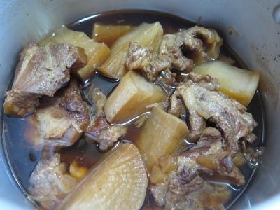 ソーキと大根の煮物
