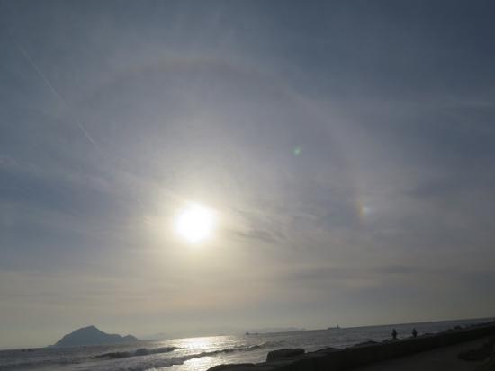 伊良湖岬 暈と彩雲