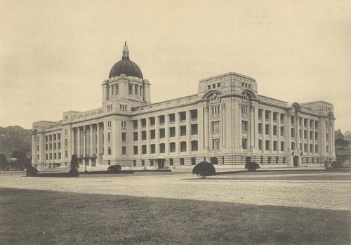 第32記事1朝鮮総督府庁舎