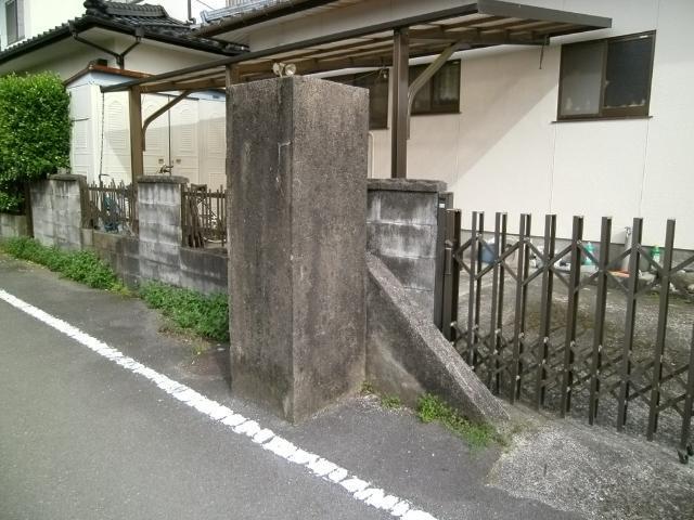 菊地飛行場門柱 (1)