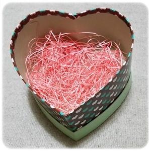 バレンタインのハートの箱