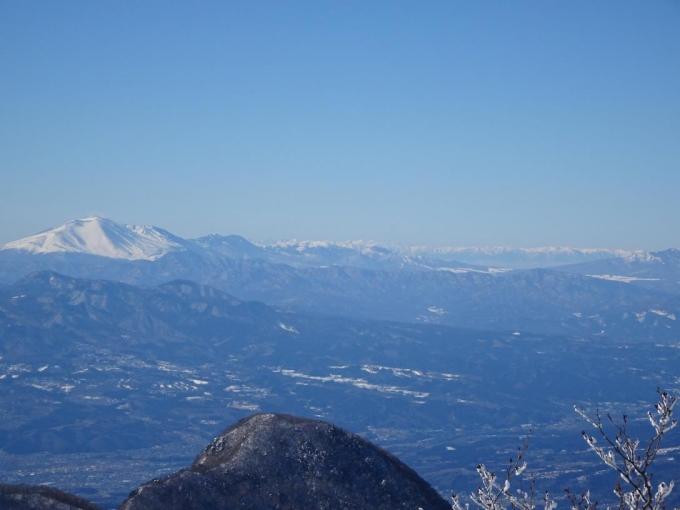 霧氷と浅間山と北アルプス