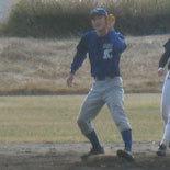 2回表、岡がチーム史上初の通算600盗塁を達成