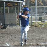 5回表、先頭の伊藤(幸)が二塁打で出塁