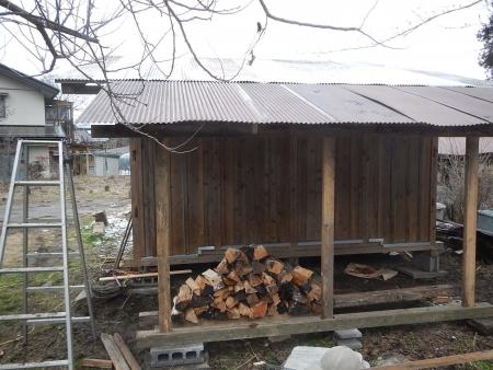 薪置き場 (1)
