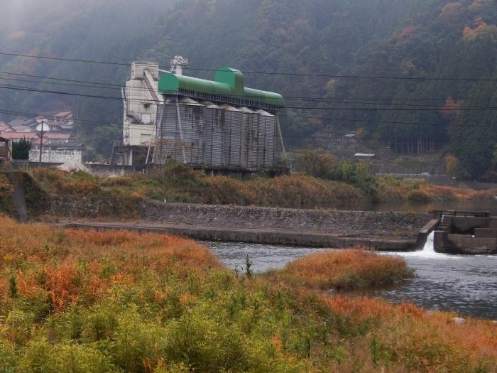 DSCN3464新川平発電所