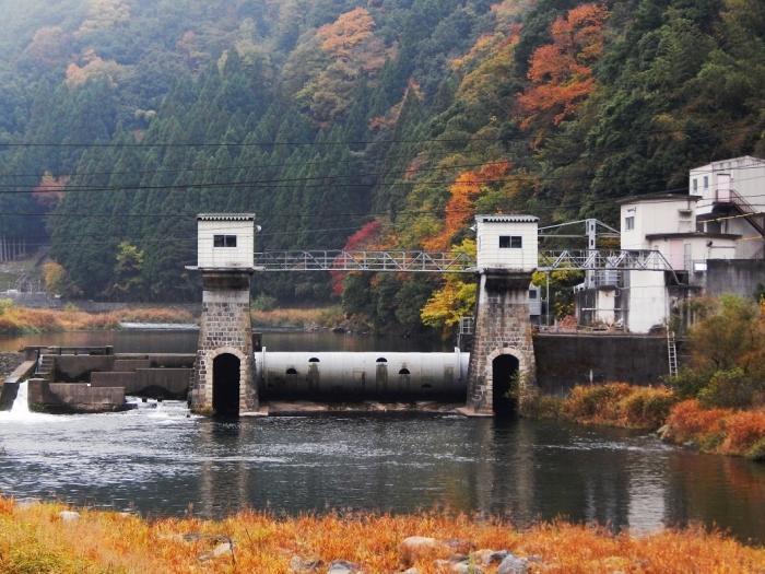 DSCN3463新川平発電所