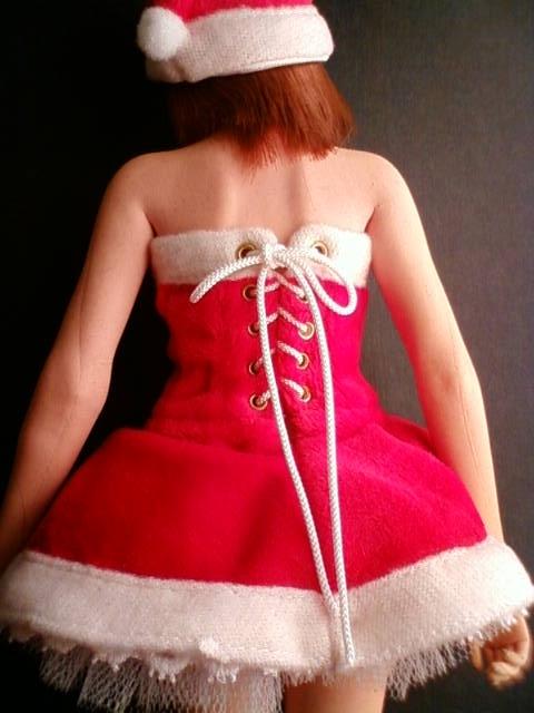 Santa_girl_hs_b.jpg