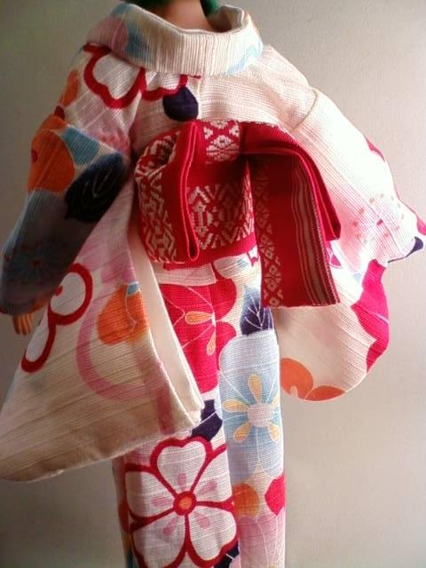 Shantung_kimono_b.jpg