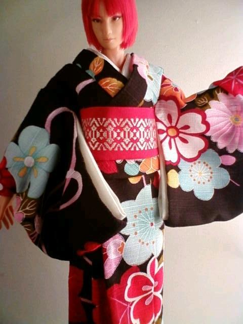 Shantung_kimono_c.jpg