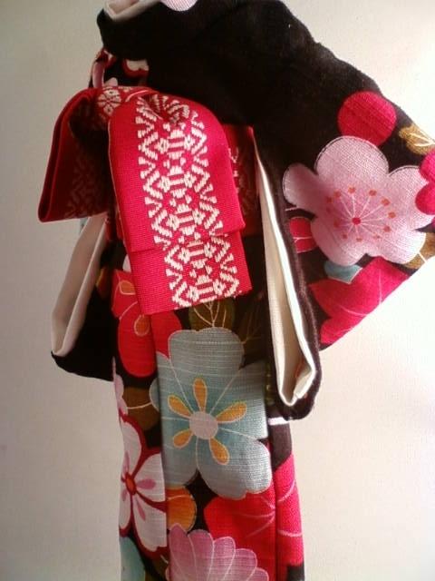 Shantung_kimono_d.jpg
