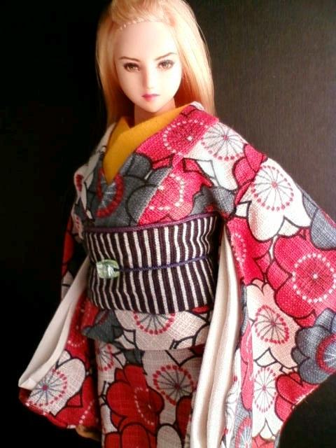 plum_kimono_a.jpg