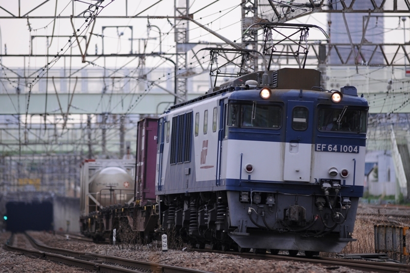 EF64 1004
