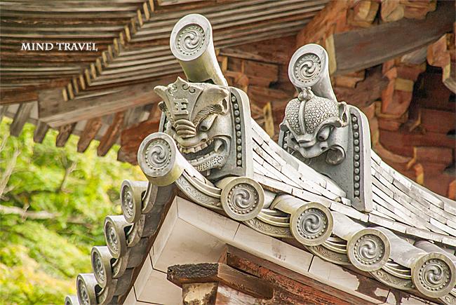 壺阪寺 鬼瓦