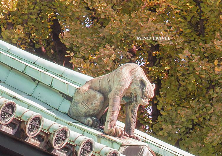 湯島聖堂 大成殿 屋根の虎
