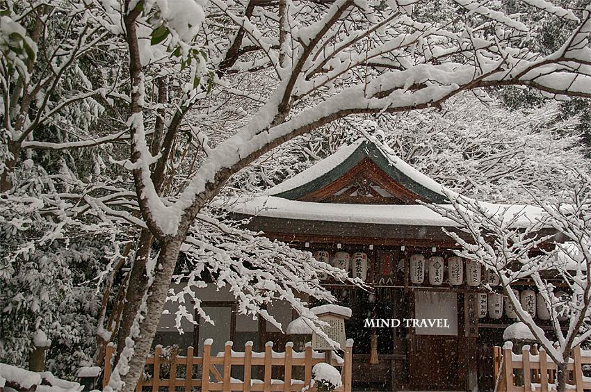 熊野若王子神社 雪