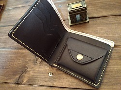 二つ折り長財布ネイビー2P_20161219_152658_vHDR_Auto