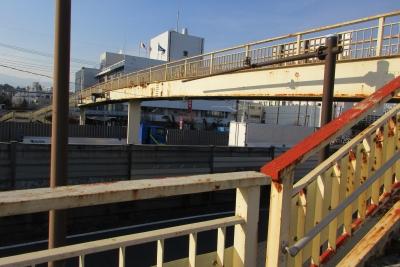 厚木警察署前歩道橋