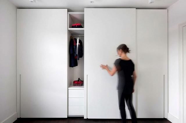 Sliding-doors-for-the-bedroom-wardrobe.jpg