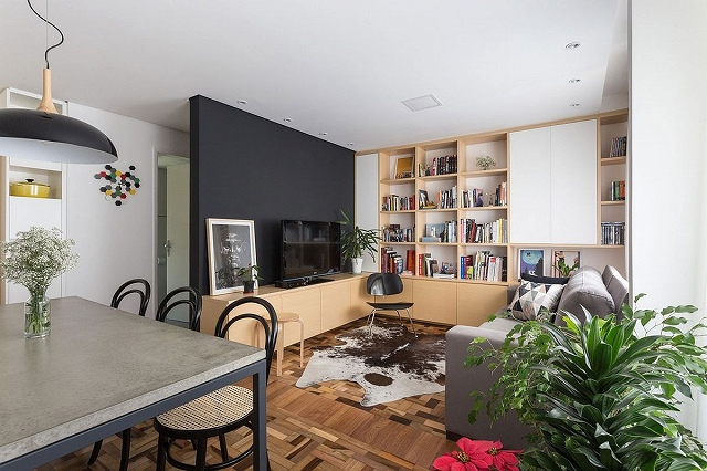 Wooden-cabinets-open-shelves-and-a-black-wall-fashion-a-fabulous-living-area_20170122082838328.jpg