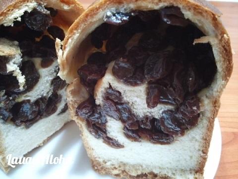 モヤモヤぶどうパン