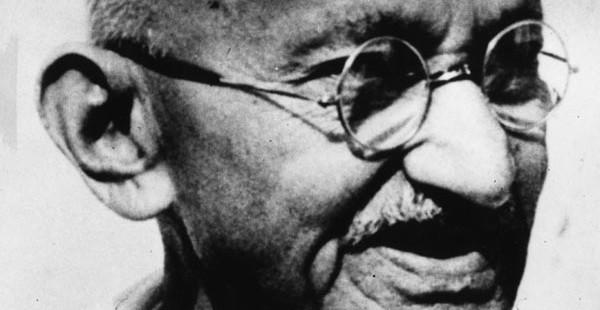 Gandhi-600x310_201611132224021a7.jpg