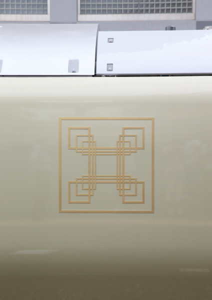 AM9P7657_1.jpg