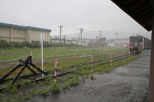 増毛駅豪雨