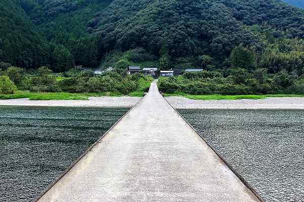 高瀬の沈下橋